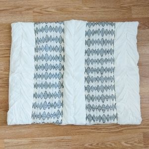NWOT Anthropologie Texture Pillow Case
